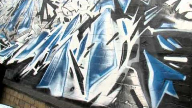 Reducing graffiti vandalism